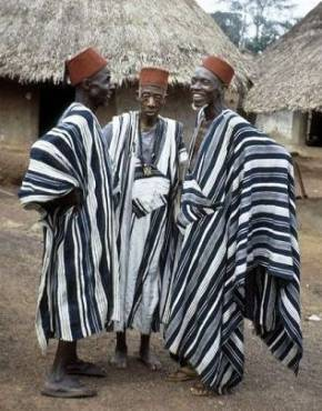 07a2e2a39 African Clothing