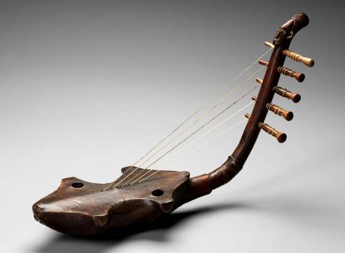 Arched harp mangbetu