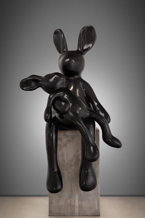 'Madre Pieta', bronze, Sanell Aggenbach