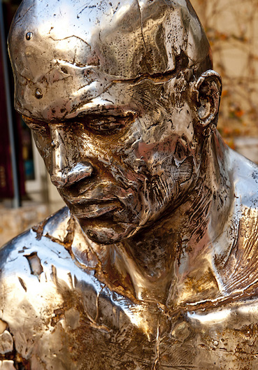 Bronze head, Angus Taylor